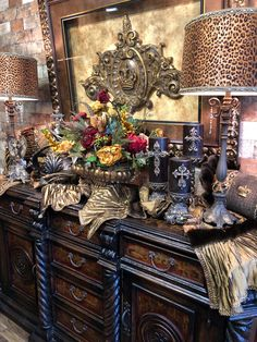 Old World Style Home Furnishings Reilly-Chance Retail Store has all your Old World Home Decor Needs! Old World Style Home Furnishings Tuscan Decorating, Interior Decorating, Old World Decorating, Home Decor Furniture, Home Furnishings, Tuscan Furniture, Casa Magnolia, Tuscany Decor, Tuscan Design