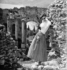 """""""In Sicily"""", British Vogue, photo by Lee Miller, 1949"""