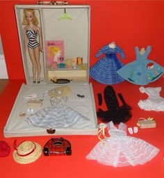 #1 Ponytail Barbie, Case and Clothing, 1959
