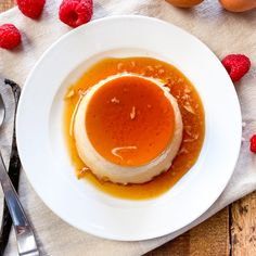 Spain is famously known for having some amazing desserts. In this post, I´m going to show you how to make 5 of the most popular desserts from Spain. You will find all 5 of these desserts served at almost every restaurant in Spain. As well as made in households all over the country. The best part about these 5 Spanish desserts, is that they´re all made with simple everyday ingredients. Plus you don´t need any expensive equipment and each one is super easy to make. As always, this is what the Span