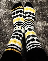 Kuvahaun tulos haulle marimekko villasukat Crochet Socks, Knit Crochet, Marimekko, Leg Warmers, Knitting, Clothes, Diy, Fashion, Leg Warmers Outfit