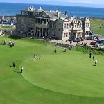 Golf Course at St. Andrews, Scotland, the world's oldest golf course Golf Driver Tips, Golf Drivers, Scotland Tourism, Scotland Travel, Public Golf Courses, Best Golf Courses, Coeur D Alene Resort, Scotland Vacation, Golf Course Reviews