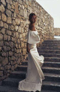 Dress: La Bespoke Boutique / Photo: Alli Oughtred