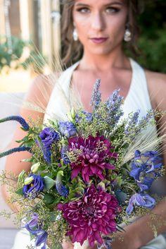 Stunning bouquet for this boho bride! #boho #bride #bouquet #floralarrangements #powerstationevents #inbloomfloral