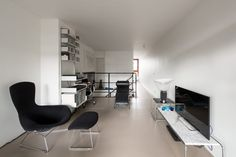 Sale of the Month: Bunyan Court, Barbican, London EC2   Journal   The Modern House