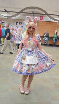 """tempestpaige: """" photo of my sunday toracon lolita coordinate! my friend took this! Harajuku Fashion, Kawaii Fashion, Lolita Fashion, Cute Fashion, Asian Fashion, Pastel Fashion, Lolita Mode, Lolita Style, Frocks For Girls"""