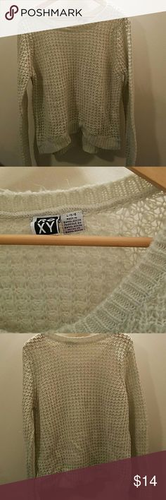 Roxy knit sweater Knit sweater soft and cute fits a little loose pretty thick EUC. Light cream color Roxy Sweaters Crew & Scoop Necks
