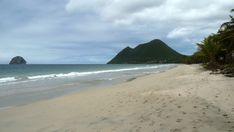Point sargasses au Diamant en Martinique, le 15/06/18   La plage se montre Belle en largeur maxi, clarté bleutée... Aucun radeau visible au large, donc on espère que cela va continuer ainsi car on sait qu'ailleurs cela arrive et on pense à eux...