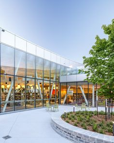 Gallery of Vaughan Civic Centre Resource Library / ZAS Architects + Interiors - 3