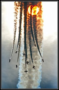 Red Arrows: Poetry in Motion...