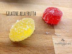 Le gelatine alla frutta si realizzano in pochi minuti, delle caramelle gommose sane e naturali, fatte solo con succo di arancia :)