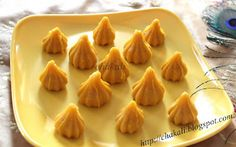 Celebrate the festive season with some Unique Modak Recipes for Ganesh Chathurthi - for the family to enjoy and to gift friends and relatives as well! Indian Dessert Recipes, Indian Sweets, Indian Recipes, Oil Painting Tips, Painting Art, Watercolor Painting, Modak Recipe, Cupcake Decorating Tips, Mango Pulp