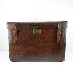 Antique-Peal-Co-Leather-Boot-Trunk-Horse-Riding-Equestrian-Travel-RARE-Filled