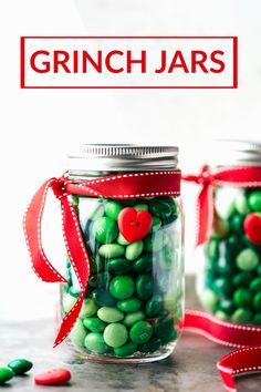 Four easy and creative CHRISTMAS mason jar treat/gift ideas. A grinch jar, santa jar, reindeer jar, and snowman jar! Via chelseasmessyapron.com