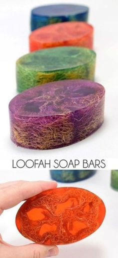 These Loofah Soap Bars make perfect homemade gifts! (Unless you keep them for yo… These Loofah Soap Bars make perfect homemade gifts! (Unless you keep them for yourself! Diy Beauté, Fun Diy, Homemade Soap Recipes, Homemade Soap For Sale, Homemade Soap Bars, Easy Homemade Gifts, Homemade Paint, Soap Making Recipes, Homemade Facials