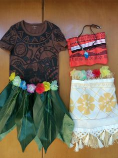 Moana and Maui Costu...