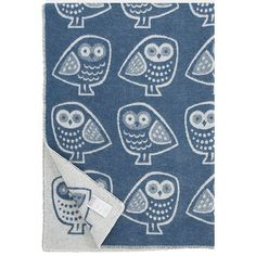 The playful owls on the Lapuan Kankurit Pöllö Blue Blanket will be a hoot in your living room, den or bedroom. With wide eyes and spotted feathers, these wise and whimsical birds line up in white again
