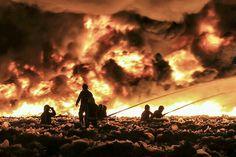 英国斯梅西克,一个垃圾回收站发生火灾,该回收场内有10万吨塑料回收物,火灾的浓烟升到了6000英尺的高空。摄影师:John Mccnaughton 2013年7月3日