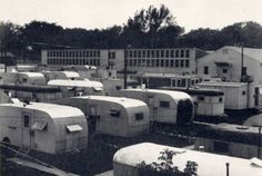 vintage trailer park photo. When I was about 3 or 4, me, my Mama and Daddy lived in a trailer park like this for a short time in Augusta, Ga..  I barely remember it.
