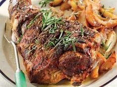 Geduldige lamsboud Lamb Chop Recipes, Meat Recipes, Cooking Recipes, Lamb Ribs, Roast Lamb, Lamb Chops, Lamb Dishes, South African Recipes, Coffee Recipes