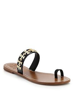 29a713308c2a Tory Burch - Val Metal Logo   Leather Toe-Ring Sandals
