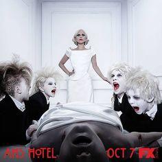 """.: American Horror Story: Hotel tem episódio de """"Mamãezinha querida"""""""