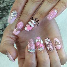Valentine's Day Acrylic Nail Art Designs & Ideas 2017 Nail Art Saint-valentin, Acrylic Nail Art, Acrylic Nail Designs, Gorgeous Nails, Love Nails, Pink Nails, Gel Nails, Nail Polish, Liquid Nails