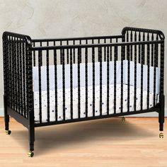 DaVinci Jenny Lind 3 in 1 Convertible Crib in Ebony - Click to enlarge
