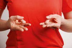 Tira de tu dedo anular con el pulgar y mantenlo unos segundos. La razón te va…