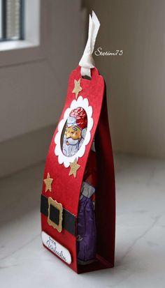 ...oder das Christkind? *Grübel*   Naja, mal abwarten, hauptsache es gibt Geschenke, oder? *zwinker*   Hier seht ihr gleich eine ganze Kompa...