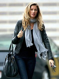 W-W-W: GISELE BUNDCHEN STREET STYLE ''normal''look and ''wonderful'' body
