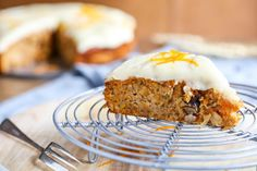 Quick Wholemeal Carrot Cake With Zesty Cream Cheese Icing - Viva