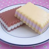 Soapylove Tutorial: Delicious Layered Soap Cookies! #soapqueen #brambleberry