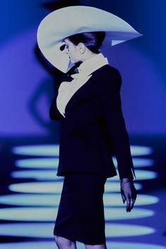 Mugler Spring 1997 Couture Fashion Show Details