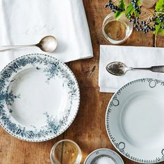 How to Set Your Table Like the French via @MyDomaine