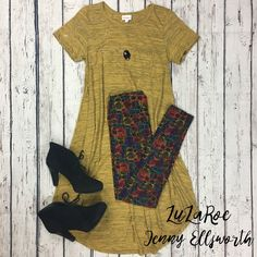 Join LuLaRoe Jenny Ellsworth's shopping group for more outfit inspiration! LuLaRoe Carly and leggings. Paul Green booties, Stella and Dot necklace.