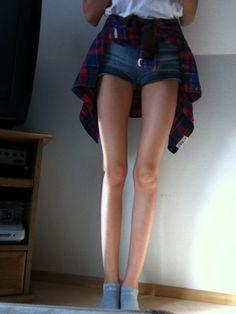 Teen girl bare asses