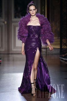 Zuhair Murad - Couture - Fall-winter 2011-2012 - http://en.flip-zone.com/fashion/couture-1/fashion-houses/zuhair-murad-2298