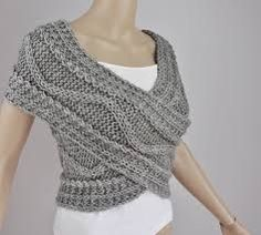 Knitted, not crochet, and not a pattern but SO SO CUTE! Hand knit vest Cross Sweater Capelet Neck warmer in by MaxMelody. This is awesome and doubles as a infinity scarf Wool Vest, Knit Vest, Scarf Vest, Knit Cowl, Knitted Poncho, Sweater Vests, Cozy Knit, Loop Scarf, Tunic Sweater