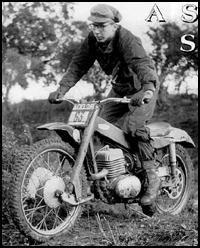 British Motorcycles, Vintage Motorcycles, Motos Trial, Trial Bike, 50cc, Moto Guzzi, Cylinder Head, Trials, Motorbikes
