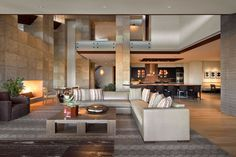 Elegant contemporary home in Paradise Valley, Arizona by Swaback Partners and David Michael Miller Associates