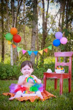 Tasty Bella Cake Smash // Sunshine Coast // first birthday // girl // rainbow // tutu // outdoor