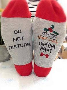 Hallmark Christmas Movies, Hallmark Movies, Christmas Time, Christmas Outfits, Merry Christmas, Good Christmas Gifts, Christmas Shopping, Cute Christmas Ideas, Christmas Print