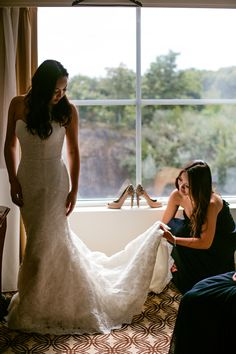 Navy Blue & Gray Boston Wedding. Published on Fab You Bliss. Photography by Nicole Chan Photography (www.nicolechanphotography.com).