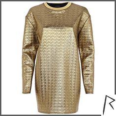 #RihannaforRiverIsland Gold Rihanna embossed oversized top. #RIHpintowin click here for more details >  http://www.pinterest.com/pin/115334440431063974/