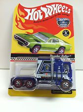 HOT WHEELS *THUNDER ROLLER* *NEW IN BOX* REDLINES 2005 RLC CONVENTION SERIES LE