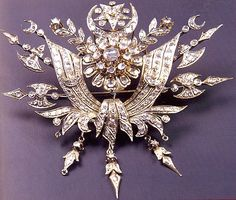 Late-Ottoman brooch, with the Ottoman state coat of arms.  Gold, diamonds & other precious stones.