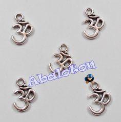 Charms OHM Simbolo hindu
