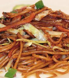 Zöldséges sült tészta recept Chinese Food, Japanese Food, Vegetarian Recipes, Healthy Recipes, Asian Recipes, Ethnic Recipes, Oriental Food, Hungarian Recipes, Food Styling