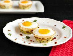 Egg Bacon Zucchini Nests are a lovely nest of grated zucchini with bacon and an egg nestled inside. Grain free, low carb and paleo. Yum!